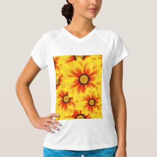 Camiseta Amarelo colorido do teste padrão do verão tickseed
