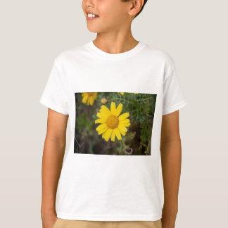 Camiseta Amarelo do cu da flor da margarida