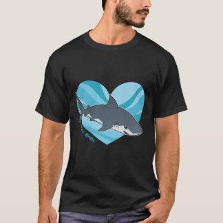 Camiseta Ame seu tubarão de Bull