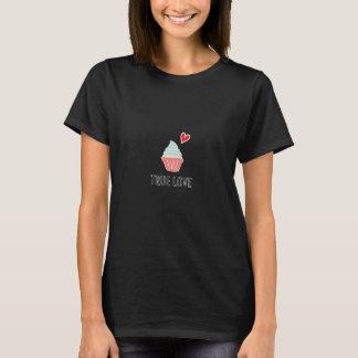 Camiseta Amor verdadeiro para o t-shirt dos cupcakes