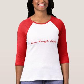Camiseta Amor vivo rotulado mão do riso do vermelho