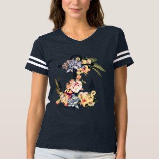 Camiseta Âncora com flores. Design do verão