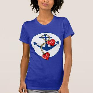 Camiseta Âncora de Monogramed com corações