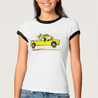 Camiseta Animais em um carro