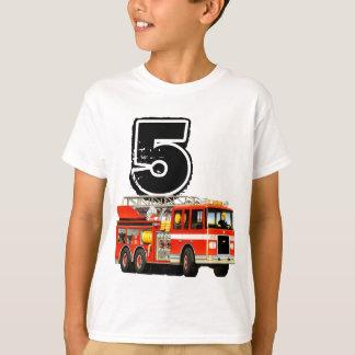 Camiseta Aniversário do carro de bombeiros vermelho feito
