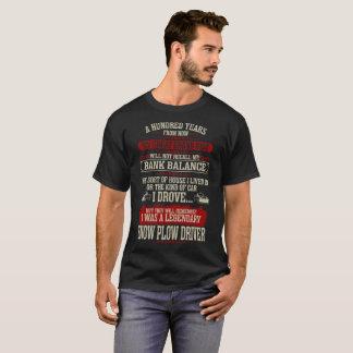 Camiseta Após cem anos recordam o motorista do arado de