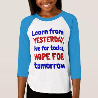 "Camiseta ""Aprenda de Raglan das meninas de ontem"" o 3/4"
