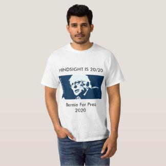 """Camiseta APRENDIZAGEM das máquinas de lixar de Bernie a """"É"""
