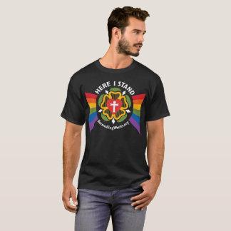 """Camiseta """"Aqui eu estou"""" o t-shirt (no tecido escuro)"""
