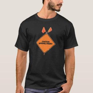 Camiseta Aranhas do descascamento do cuidado