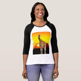 Camiseta Arte do Popout da luz do sol do girafa,