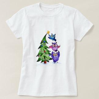 Camiseta Árvore do feriado das corujas do Natal