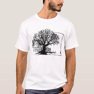 Camiseta Árvore solitária