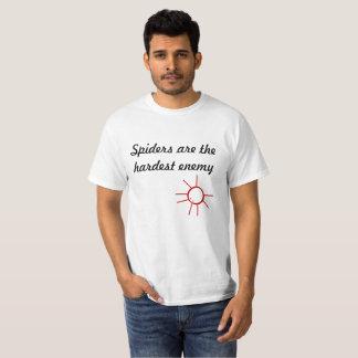 Camiseta As aranhas são o inimigo o mais duro