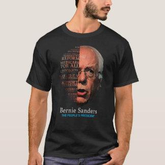 Camiseta As máquinas de lixar Berning de Bernie emitem o