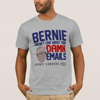 Camiseta As máquinas de lixar de Bernie não se importam com