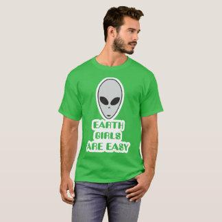 Camiseta As meninas da terra são t-shirt fácil, estrangeiro