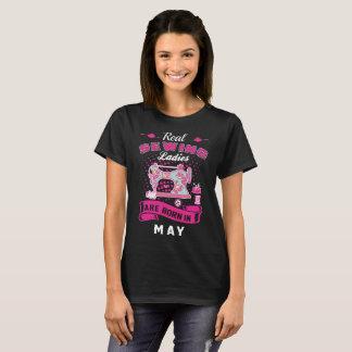 Camiseta As senhoras Sewing reais são em maio Tshirt