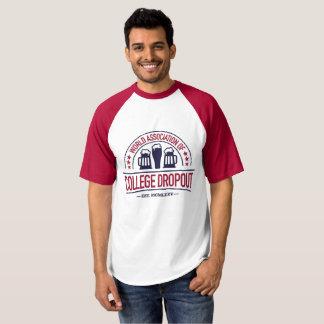Camiseta Associação do mundo da saída de faculdade
