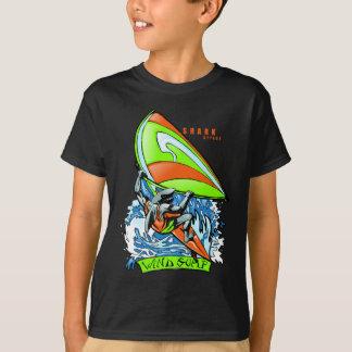 Camiseta Ataque Windsurfing do tubarão