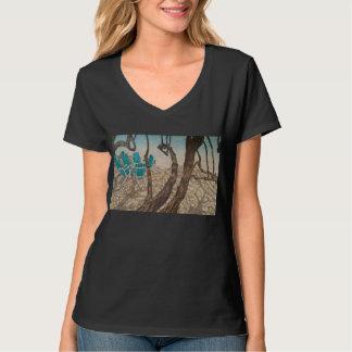 """Camiseta """"Através das árvores, St John """""""