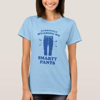 Camiseta Atualmente vestindo minhas calças do sabe-tudo