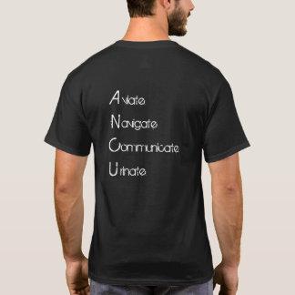 Camiseta Aviate navega comunica-se urina