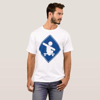 Camiseta Azul de cruzamento do skate