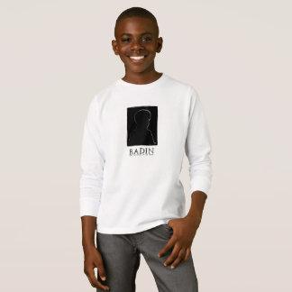 Camiseta Badin e o segredo do T longo da luva de Saami