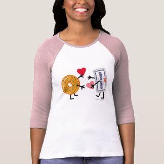 Camiseta Bagel & queijo creme - amor bonito dos corações