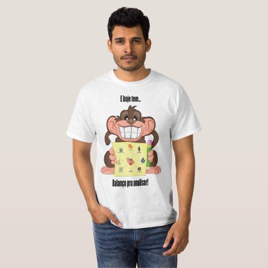 Camiseta balanço para analisar