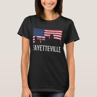 Camiseta Bandeira americana da skyline de Fayetteville