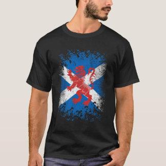 Camiseta Bandeira desenfreado e escocesa do leão vermelho