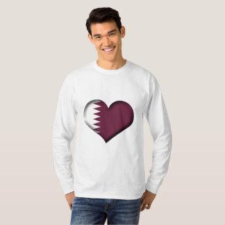 Camiseta Bandeira do coração de Qatar