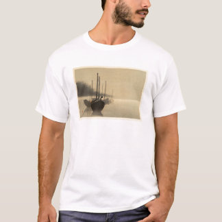 Camiseta Barcos na névoa por Seitei Watanabe 1851 - 1918