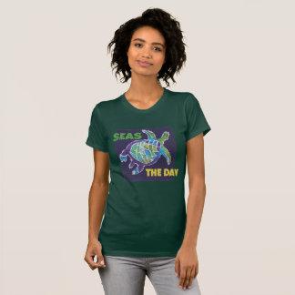 Camiseta Batik da tartaruga de mar, por McCoy Forsythe