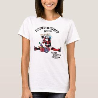 "Camiseta Batman | Harley Quinn ""sai e joga o Puddin'"""