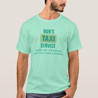 Camiseta Bebendo e álcool etílico engraçados do taxista