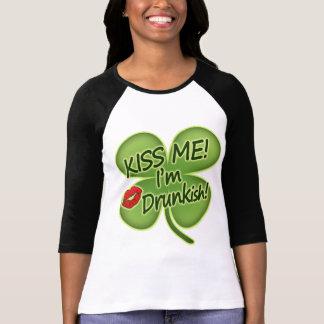 Camiseta Beije-me que eu sou Drunkish