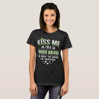 Camiseta Beije-me que eu sou um camionista irlandês