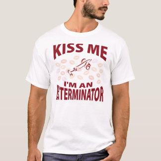 Camiseta Beije-me que eu sou um Exterminator