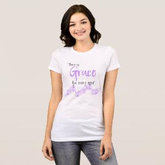 Camiseta Benevolência roxa/cinzenta para cada tipografia da