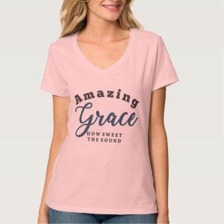 Camiseta Benevolência surpreendente, como doce o som!