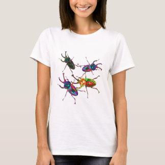 Camiseta Besouros de veado legal Freaky do arco-íris