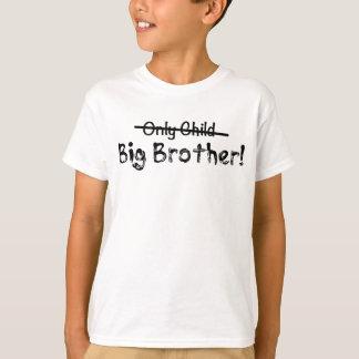 Camiseta Big brother (filho único cruzado para fora) bonito