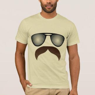 Camiseta Bigode do aviador