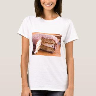 Camiseta Biscoito com chocolate e uma camada de souffle do