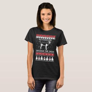 Camiseta Bloodhound através do t-shirt da neve