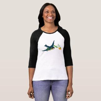 Camiseta Bluebird com a flor em seu bico