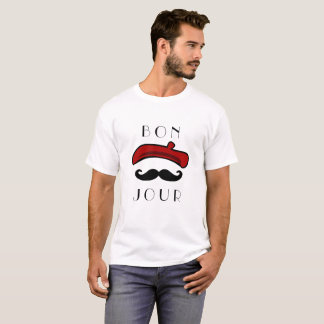 Camiseta Boina de Bonjour e clássico engraçado do bigode